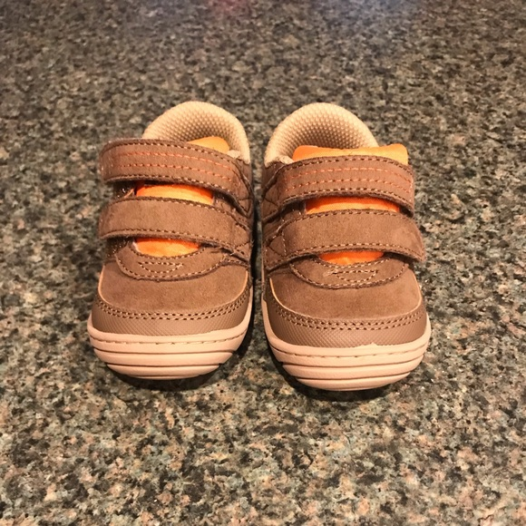 adbc74e5fbe70 Stride rite Kyle boys shoes size 4M